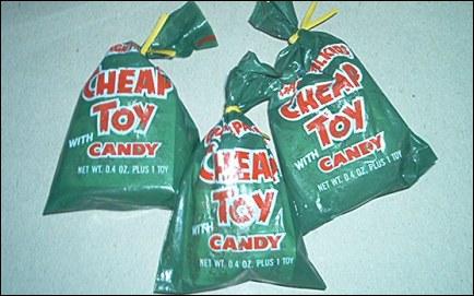 Garbage Pail Kids Cheap Toys Packaging
